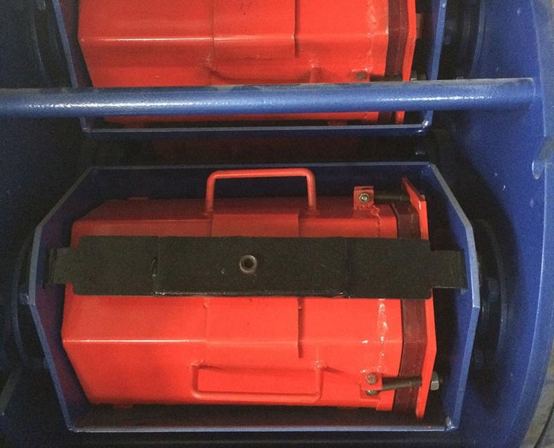 Máy đánh bóng quay ly tâm 4 thùng ADV-814A